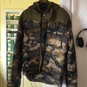 Camoflauge winter ski jacket